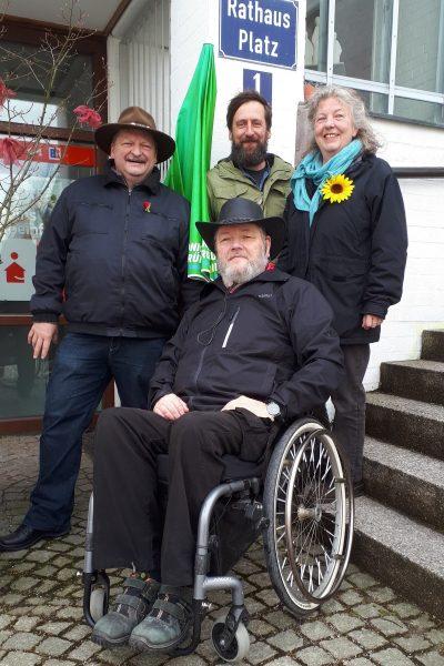 Michael Senft, Uwe Linke (vorne), Jochen Gemke, Doris Popp